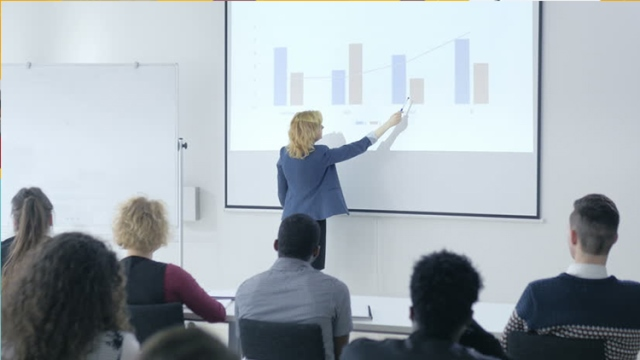 Public Speaking for College Students: Become a Great Speaker