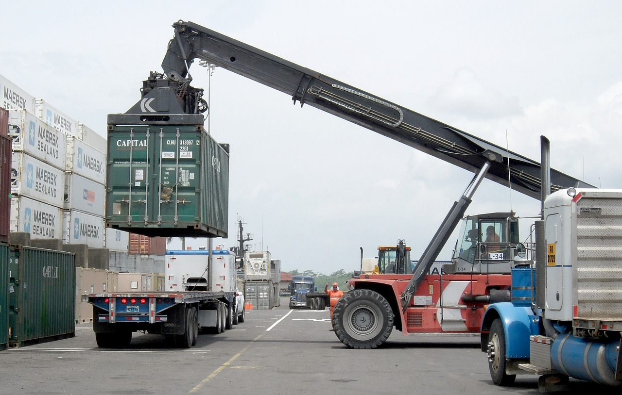 INCOTERMS®: Transportation, Importation and Logistics Management