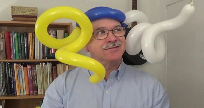 Twisting Balloon Sculptures - An Introductory Course