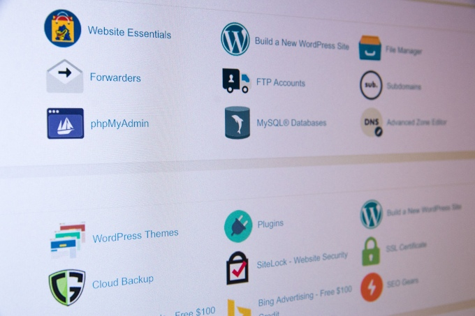 A complete guide to Domains, Web Hosting and Web development